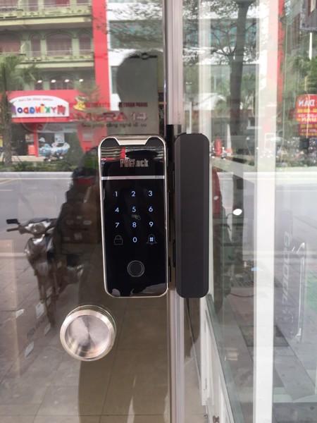 Hình ảnh thực tế khóa cửa kính lùa FG6001